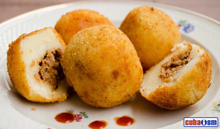 cuba recipes.org - Papas Rellenas (Cuban Stuffed Potato)
